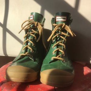 Men's Hunter Bormio Combat boots. Size 8
